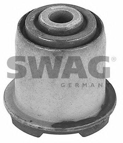 Сайлентблок важеля SWAG 40600012